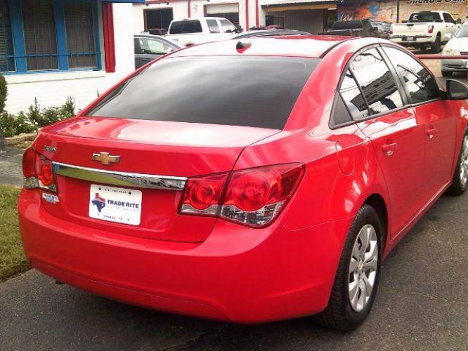 2014 RED /Jet Black/Medium Titanium Chevrolet Cruze LS Auto (1G1PA5SH4E7) with an 1.8L L4 DOHC 16V FFV engine, 6-Speed Automatic transmission, located at 116 N. Frazier Street, Conroe, TX, 77301, (936) 647-0690, 30.308662, -95.460480 - Photo #5