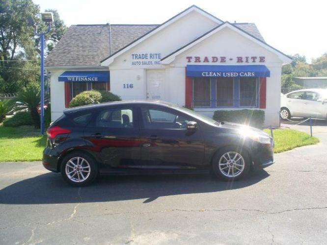 2015 Tuxedo Black Metallic Ford Focus SE Hatch (1FADP3K26FL) with an 2.0L L4 DOHC 16V engine, 5-Speed Manual transmission, located at 116 N. Frazier Street, Conroe, TX, 77301, (936) 647-0690, 30.308662, -95.460480 - Photo #0